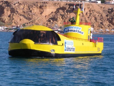 A Trip among the Red Sea by a Semi Submarine in Sharm el Sheikh